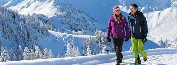 Auf verschneiten Pfaden – Winterwandern im Tannheimer Tal