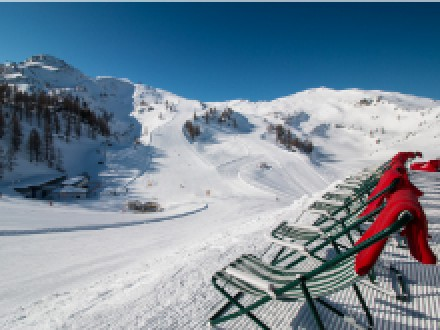 Sonne, Schnee und frühlingshafte Familienangebote